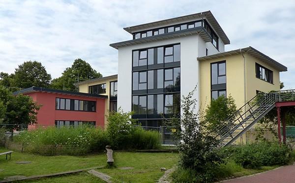 Edificio-paja-alemania-5-alturas