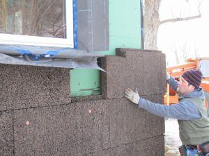 corcho material aislante exterior rehabilitación edificios