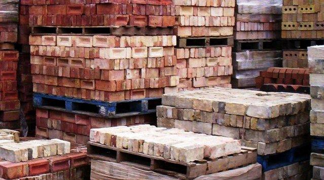 materiales recuperados edificios
